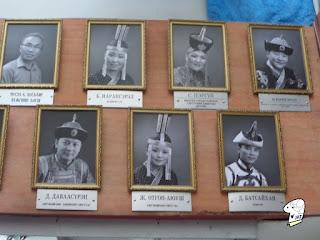 Portraits of the Tumen Ekh performance troop 5