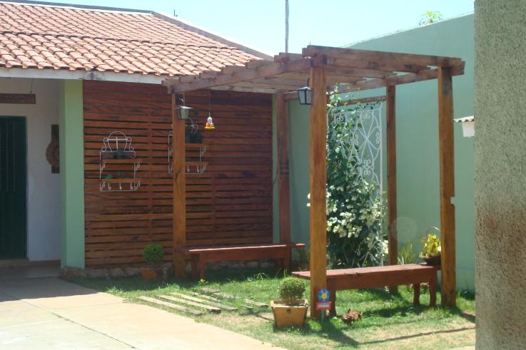 grades madeira jardim:EcoPeroba Madeira de Demolição: Pergolados
