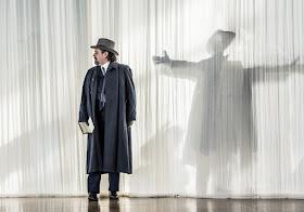 Paul Nilon - Death in Venice - Garsington Opera - photo Clive Barda