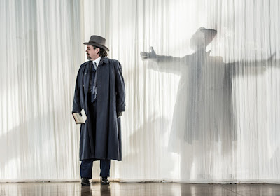 Paul Nilon - Death in Venice - Garsington Opera - photo Clive Barda