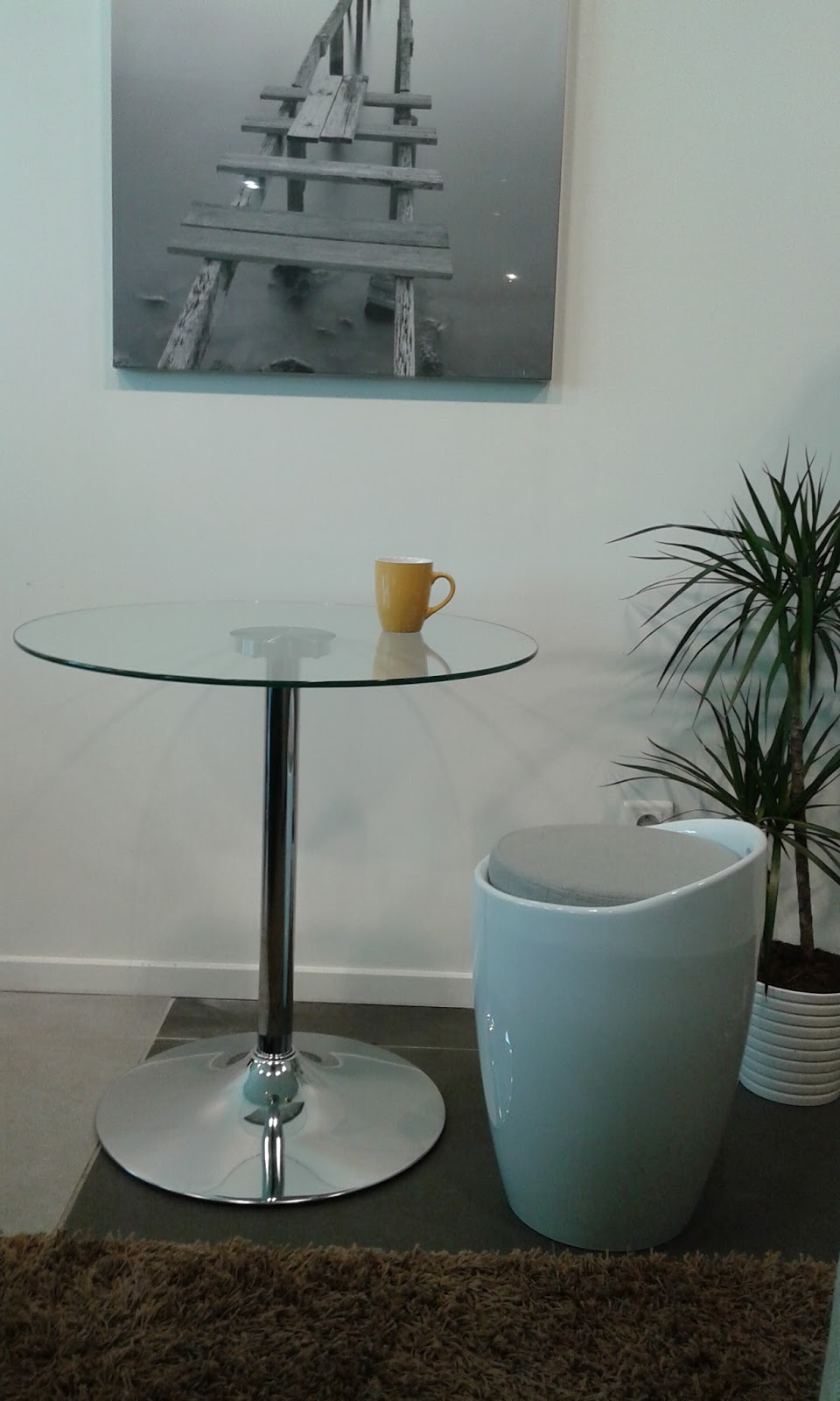 le tabouret coffre design. Black Bedroom Furniture Sets. Home Design Ideas