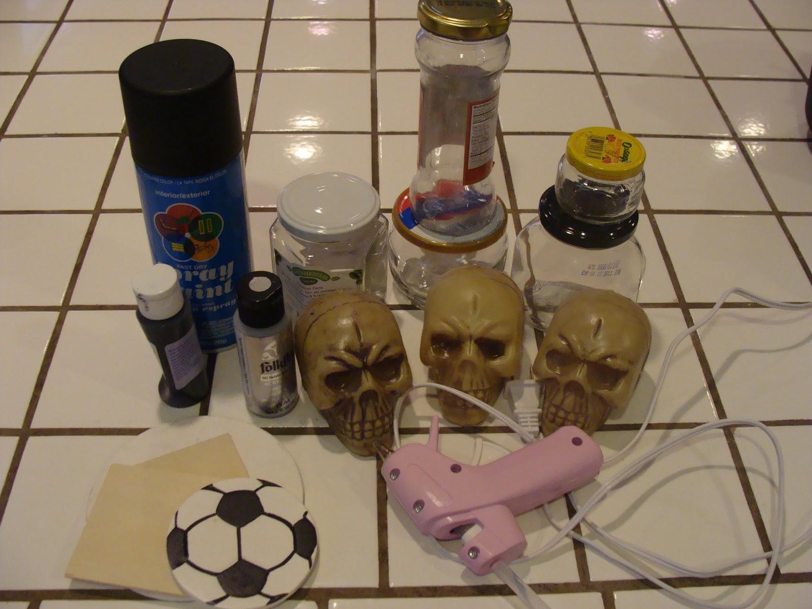 Anna Banannie: DIY Halloween Costume Trophies