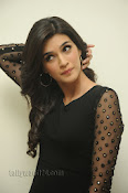 Kriti Sanon Photos at 1 Nenokkadine Audio Release-thumbnail-2