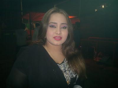 Pashto Hot Actress Nadia Gul Sexy Photo