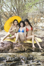 "Min & Her Girlfriends Go Skinnydipping At ""Young Asian Bunnies"""