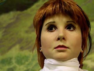 Primeira garota-robô da Rússia tem cara de gente de verdade