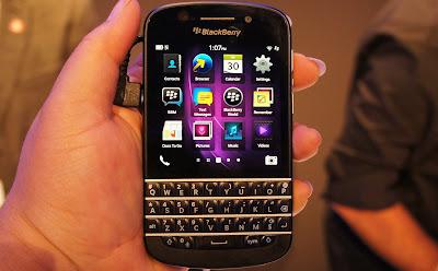 Harga dan spesifikasi Blackberry Q10