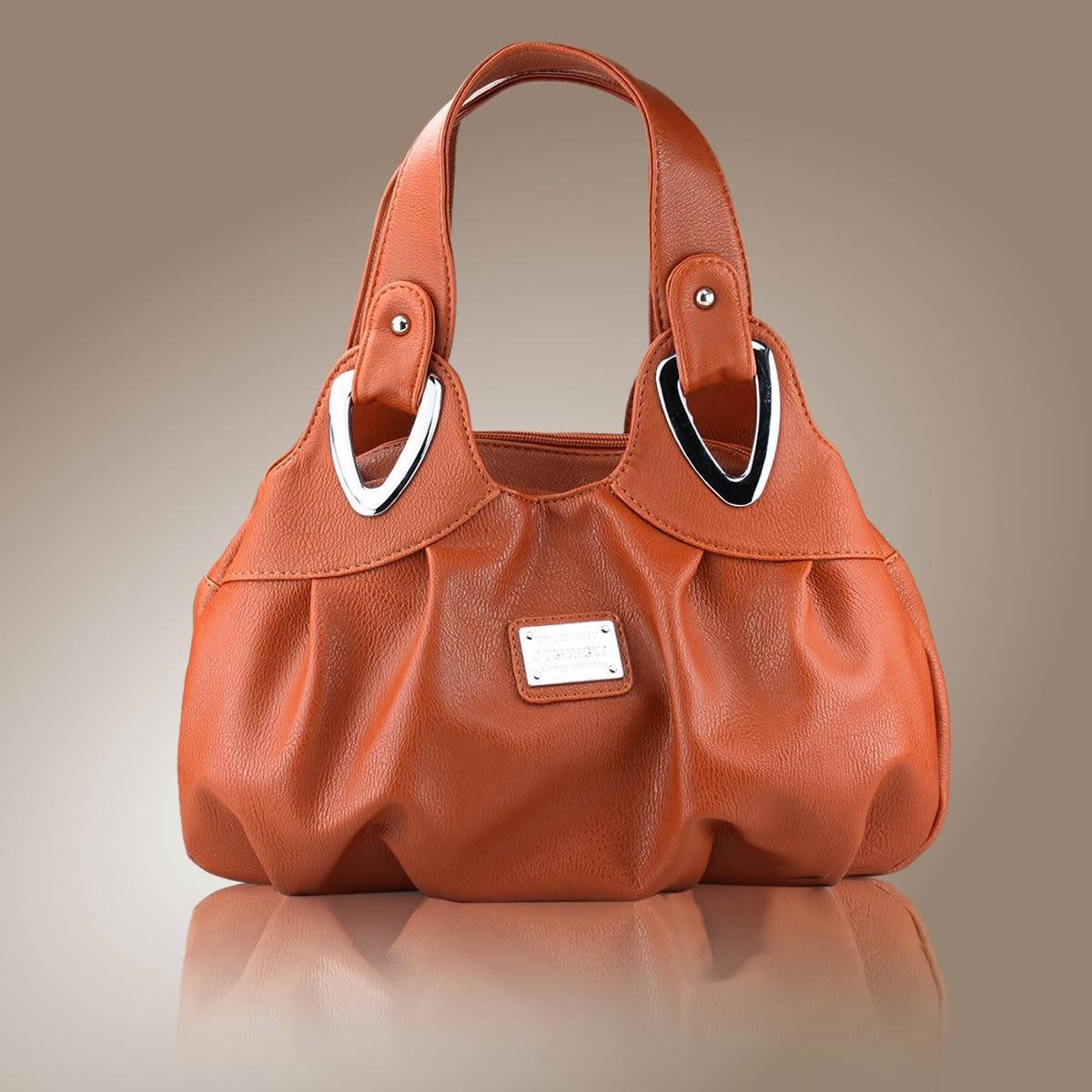 Yeni Moda Bayan Deri Çanta Modelleri
