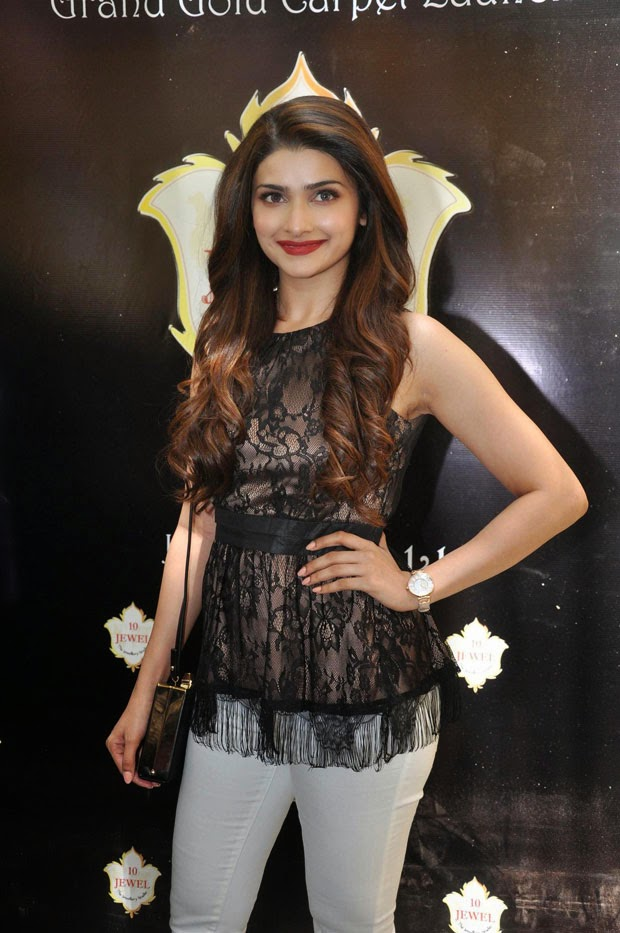 prachi desai latest hot hd pics