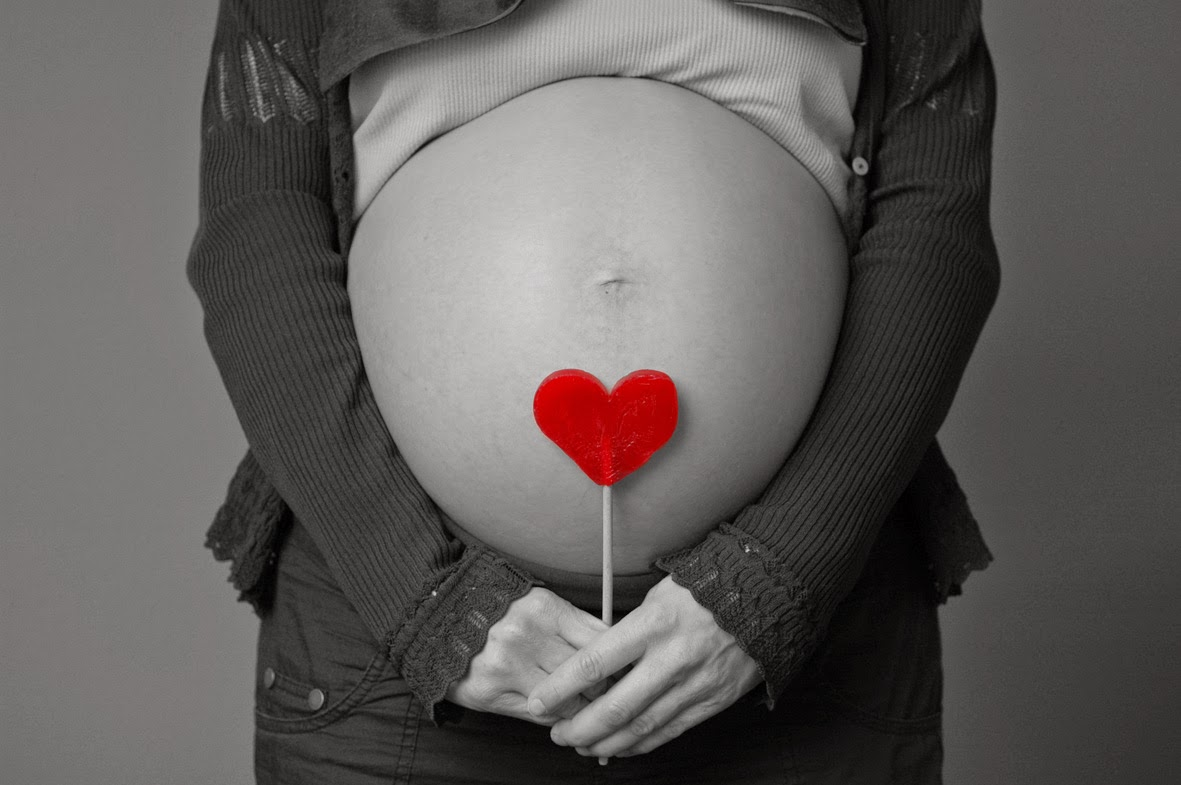 Aprovecha el embarazo para crear con las manos