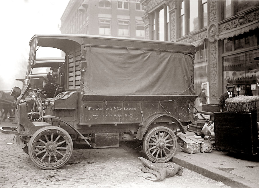 Vintage Delivery Truck 25