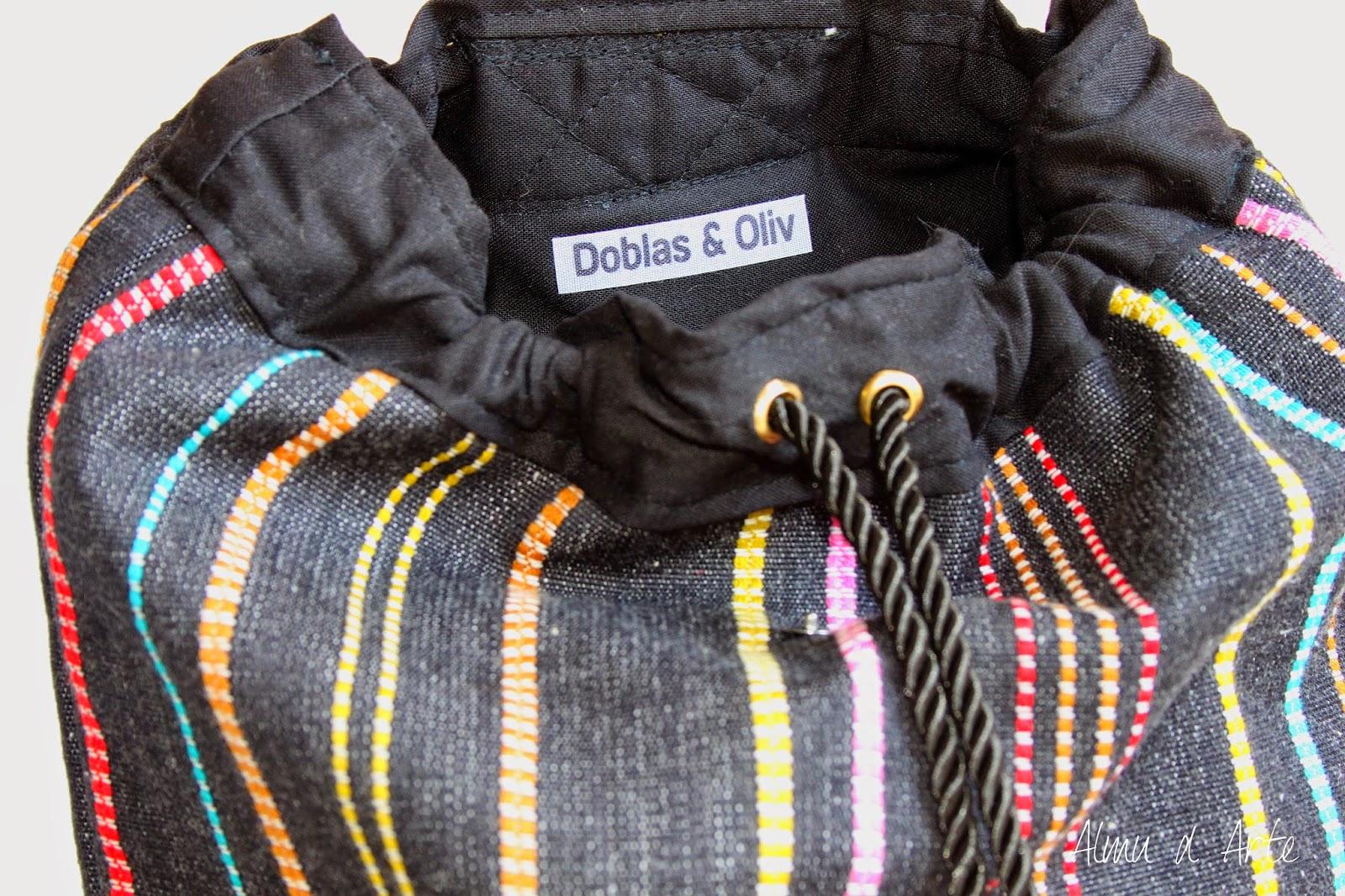 Mochila étnica artesanal con interior forrado