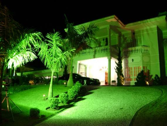 iluminacao jardim verde:Iluminação Residencial para Jardins: Iluminação focal, indireta e