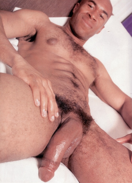 pelados e gostosos homens tesudos gay bull careca musculoso
