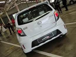 ... , Mobil ayla daihatsu m sporty merah putih terbaru | Seribu Mobil
