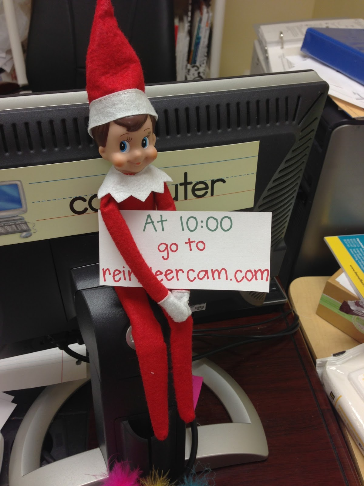 Classroom Elf Ideas ~ K connection elf on the shelf