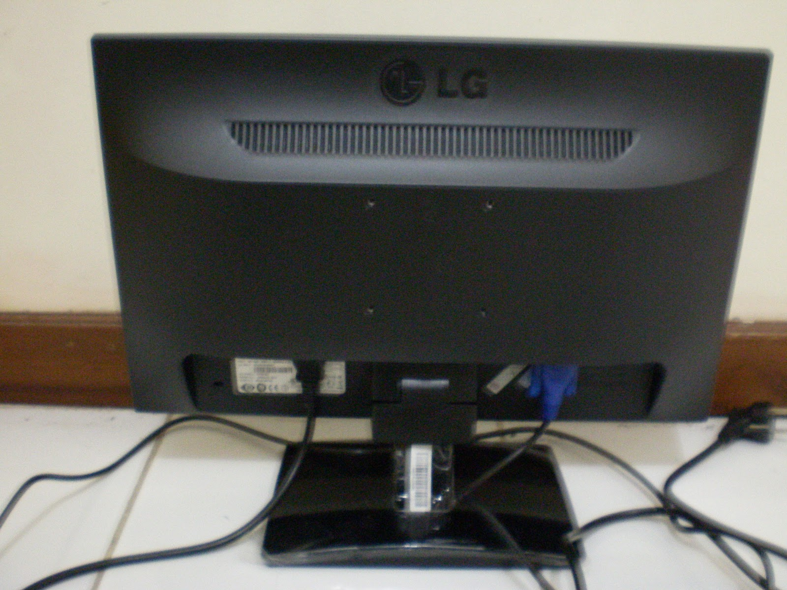 Shadow Company Monitor LCD LG Flatron E1941 Tv Lcd