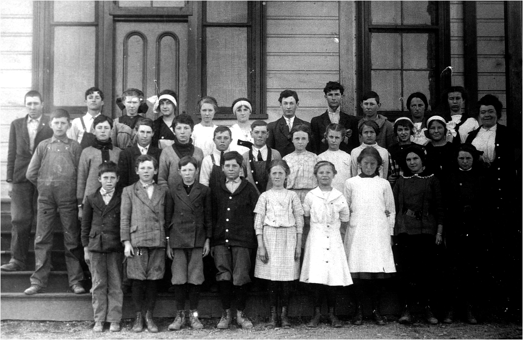 RIGHT: Children at the Lytton Industrial Home and Farm, 1910. Photo ...