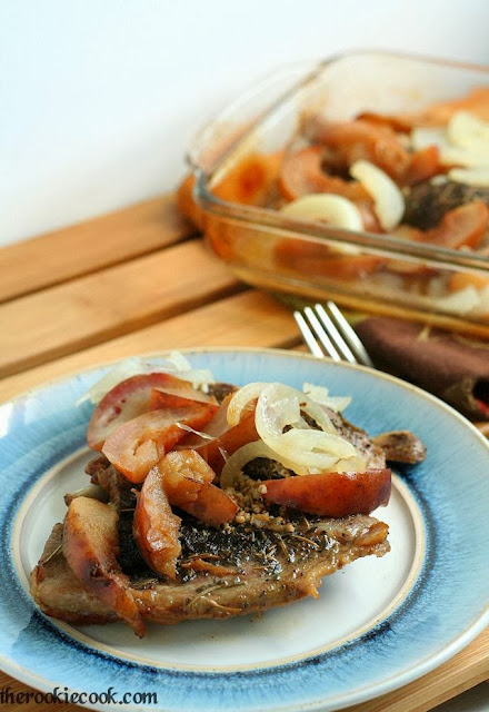 {Gluten Free} Slow Roasted Apple Pork Chops: Easy, fall, slow-roasted apple pork chops, with a hint of sweetness