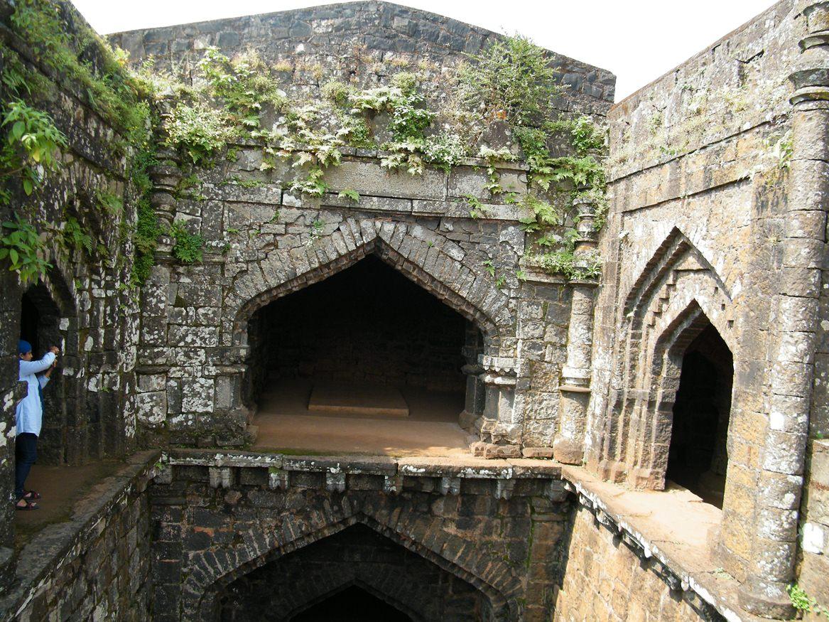 Fort Focus 2014 >> My Photography Blog: Fort Panhala, Kolhapur