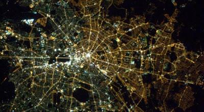 Berlin mur lumière lampadaire