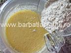Paleuri fursecuri cu crema preparare reteta - adaugam faina