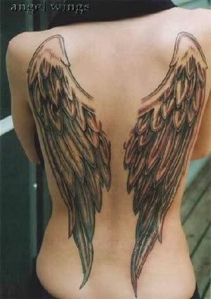 desenhos de tatuagens de asas de anjos femininas