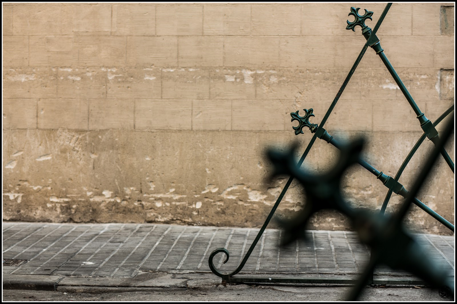Tres cruces :: Canon EOS 5D MkIII | ISO100 | Canon 85mm | f/4.0 | 1/50s