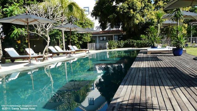 Les plus beaux hotels design du monde h tel santa teresa for Piscina santa teresa colmenar viejo