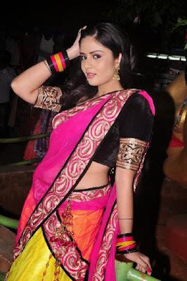 Srimukhi sari navel photos Telugu actress