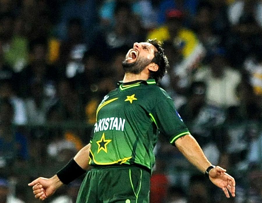 Shahid afridi players comparison - Pakistan cricket wallpapers hd ...