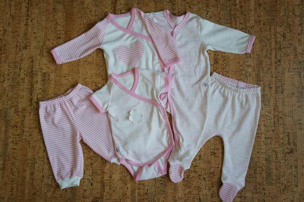 Комплект из двух боди с коротким и длинным рукавом, слипа, ползунков и штанишек