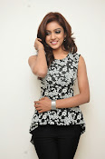 Vithika sheru latest glam pics-thumbnail-13