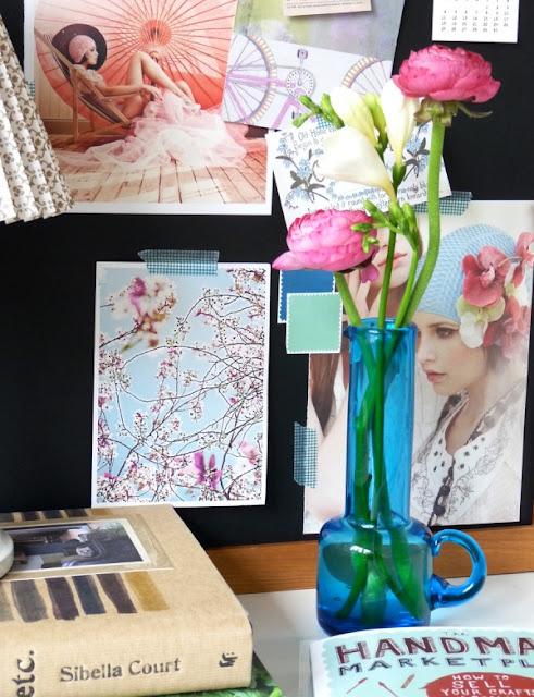Cắm hoa trang trí phòng khách 16
