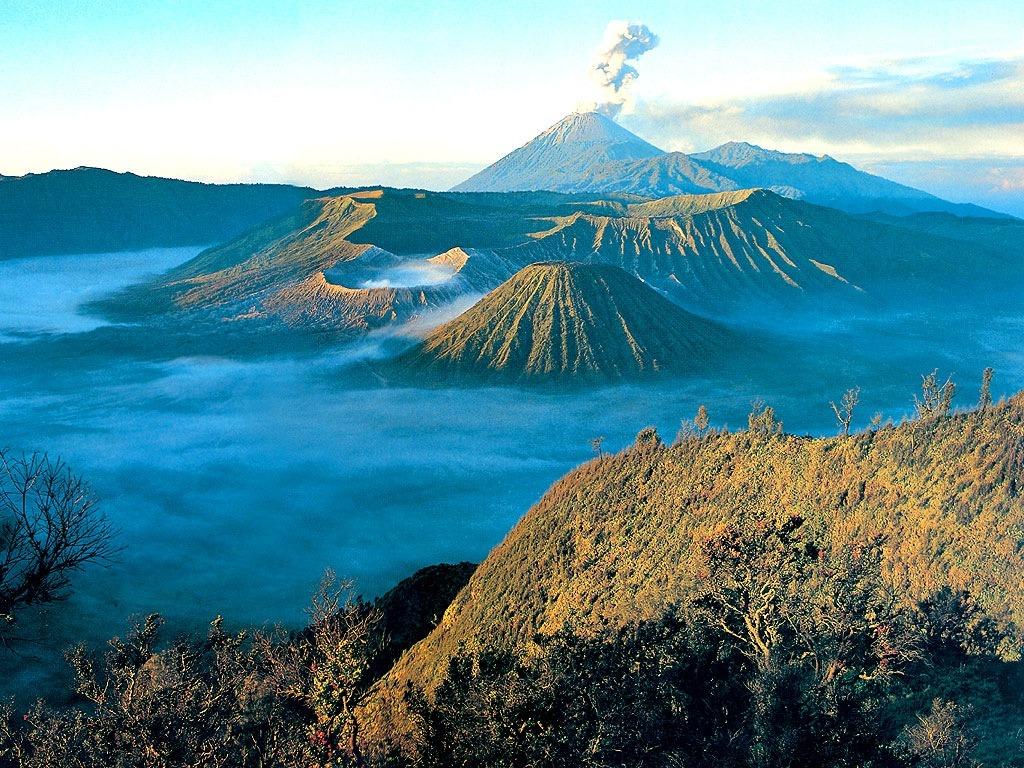 Ini Gan beberapa foto yang memperlihatkan keindahan Gunung Bromo