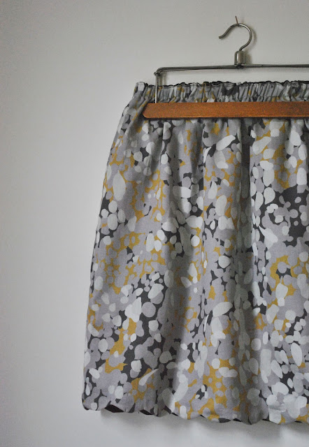 funky sunday tuto couture la jupe r versible diy inside. Black Bedroom Furniture Sets. Home Design Ideas