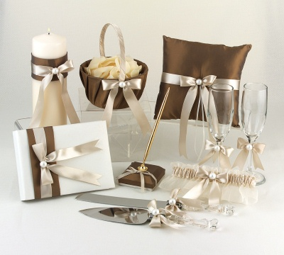Wedding Gifts For Good Friends : ... : Great Wedding Gifts You Can Consider for Your Bride to Be Friend