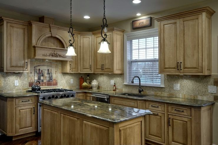 Classic Kitchen Design in Dark Cabinets