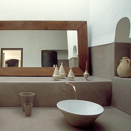 Natural modern interiors natural wall finishes - Salle de bain avec hammam ...