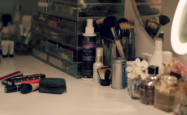 organised-make-up