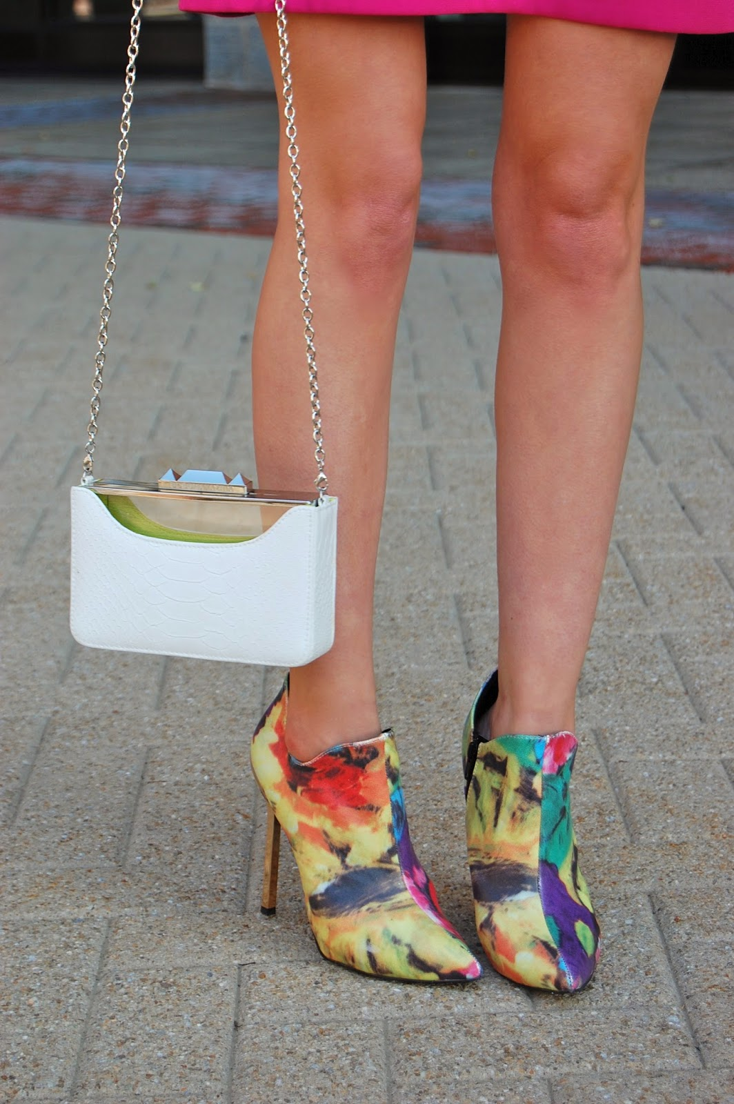 Wearing Privileged Mulligan Floral Booties, BCBG Maxazria Lucite Clutch, Summer 2014 trends