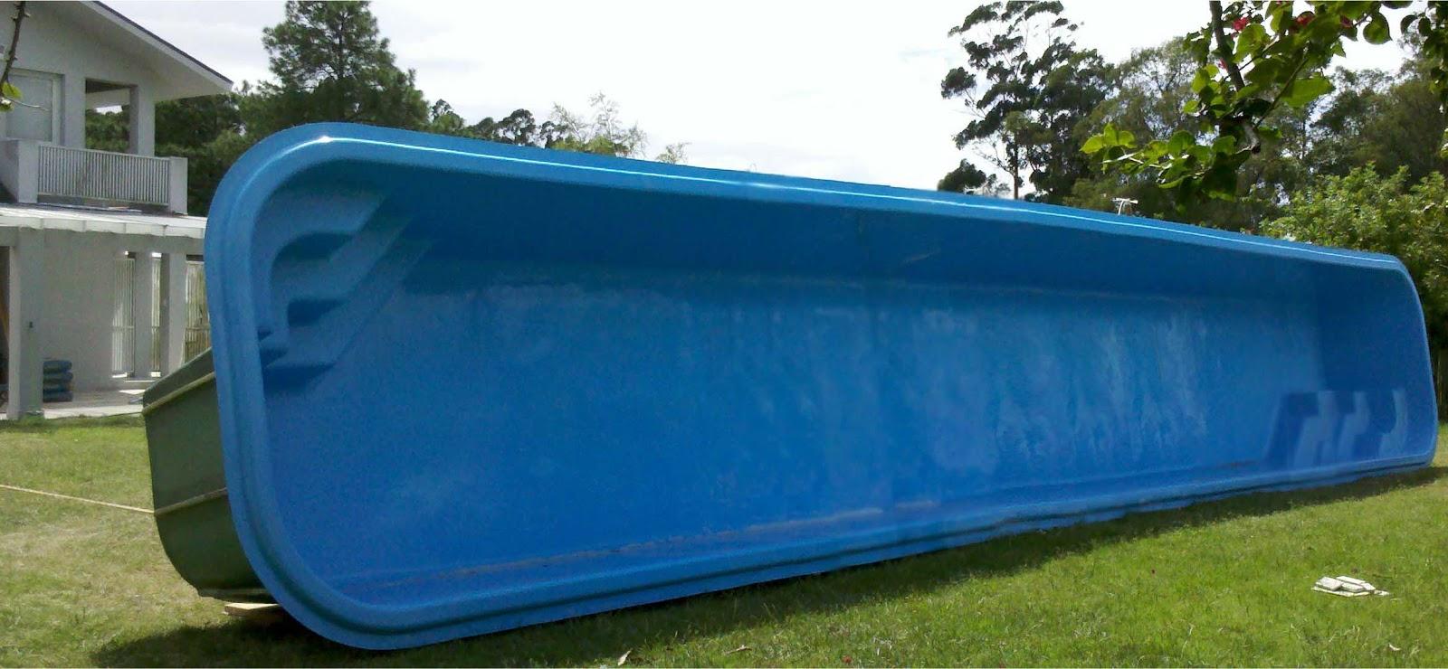 Uniglass spas piscinas e banheiras for Modelos de piscinas de campo