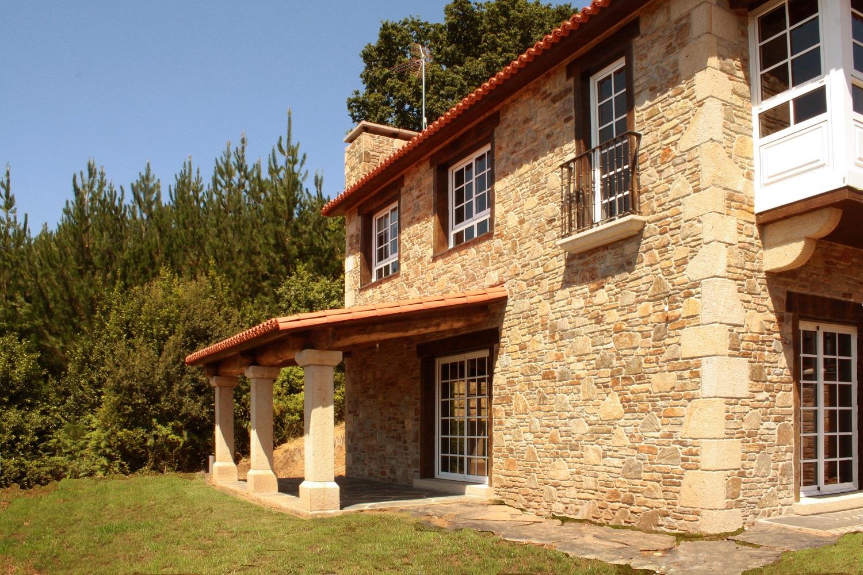 Construcciones r sticas gallegas arraigo gallego for Construcciones rusticas