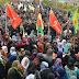 YPG'li Arap savaşçıyı binler uğurladı