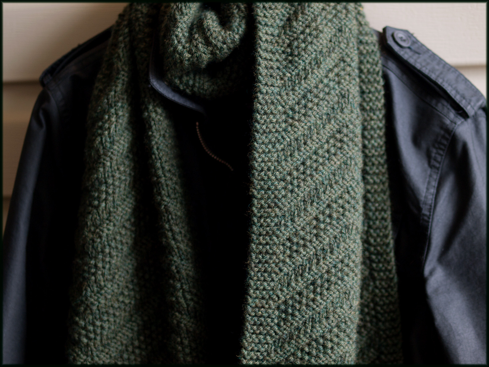 Knitting Pattern Nz : Wyndlestraw Designs: Beckenham Scarf