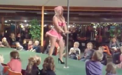 bailarina baile del caño frente a niños en Holanda