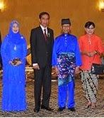 MALAYSIA & INDONESIA SAUDARA SERUMPUN