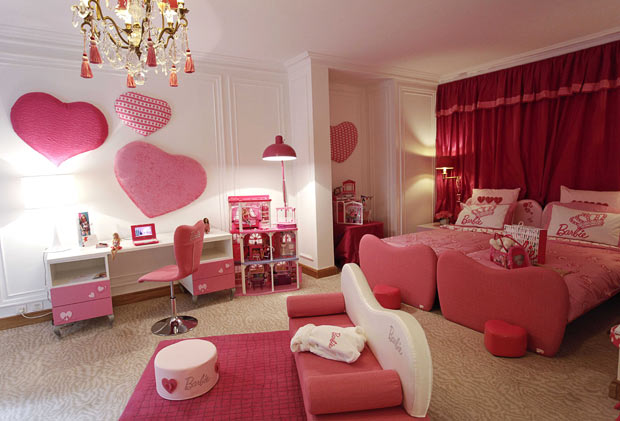 Wallpaper Entertainment Barbie Room Wallpaper