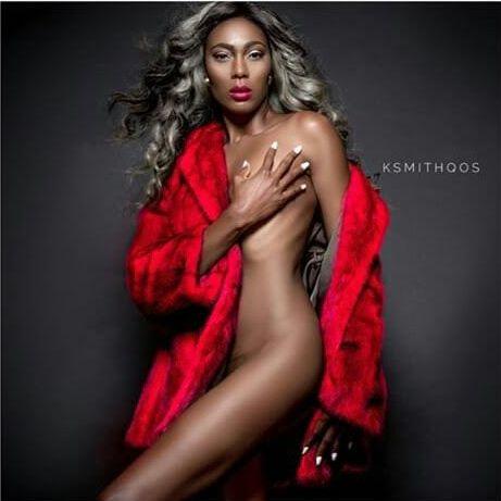 Adura lindra naked