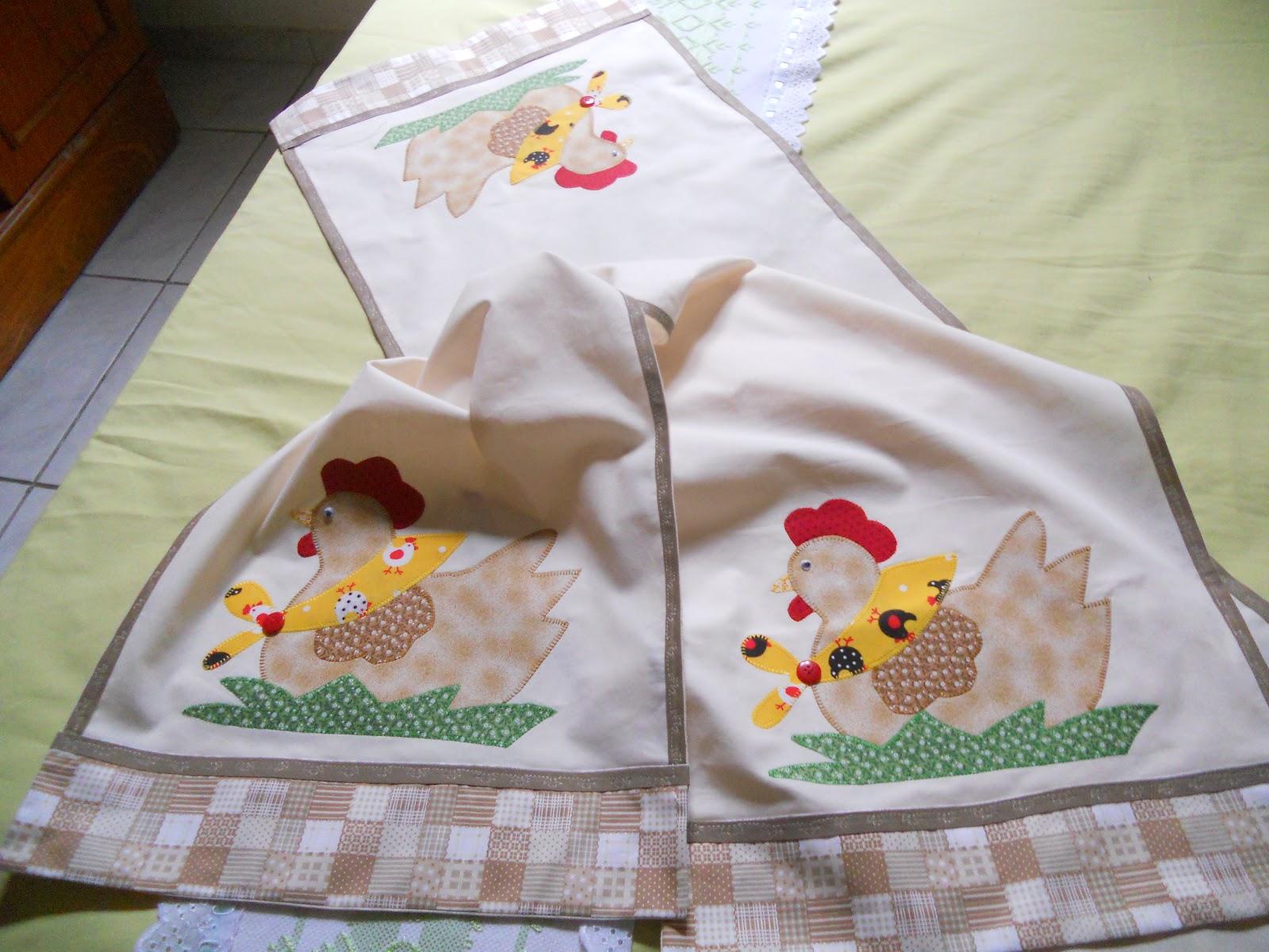 Mary Castro Artesanato Jogo de cozinha em patch aplique  Galinha